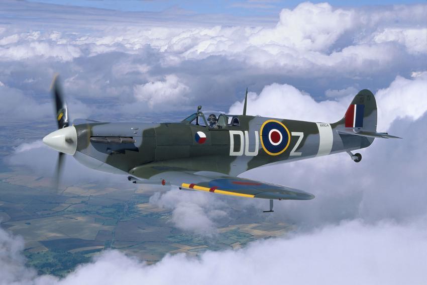 Spitfire в небе