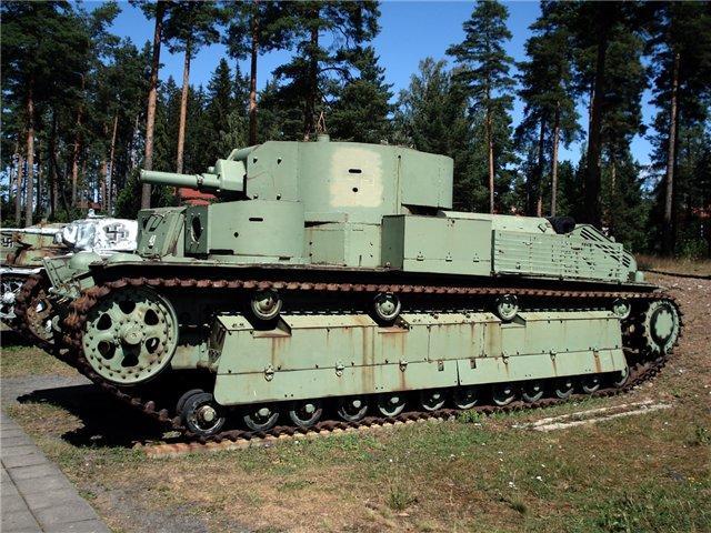 Советский танк Т-28