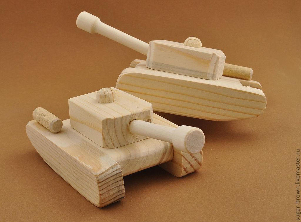 Фото деревянных макетов танков