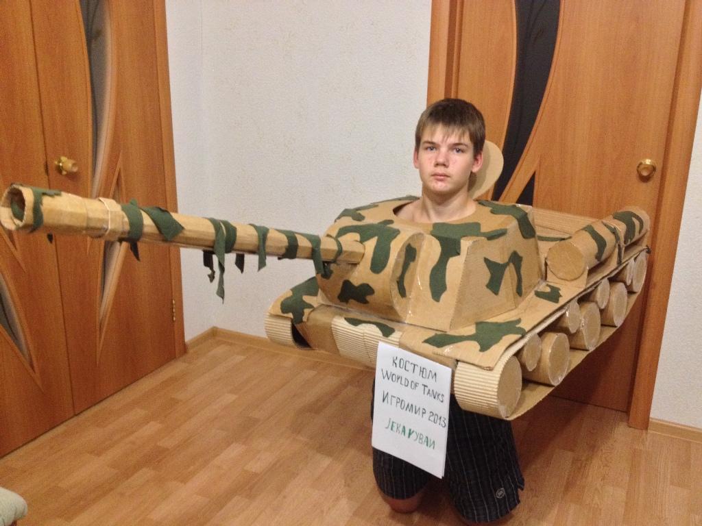 Как сделать своими руками танк из картона 62