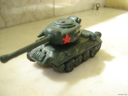 танк из пластилина фото
